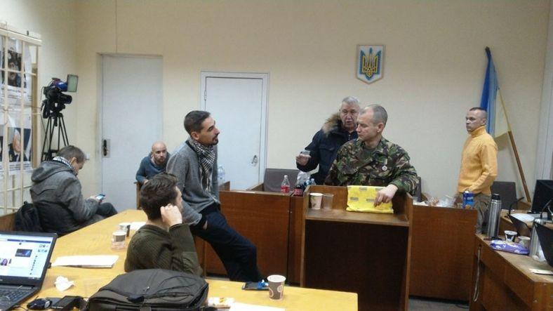 Пострадавшие впроцессе разгона Майдана активисты заблокировали зал суда