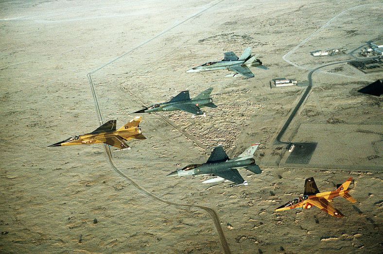 1024px-Multinational_group_of_fighter_jets_during_Operation_Desert_Shield_1