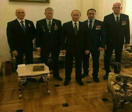 ВКремле прокомментировали фотокарточку Владимира Путина сВагнером