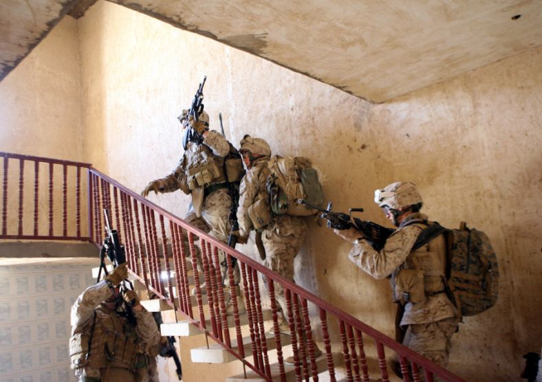L_company_3rd_Battalion_3rd_Marines_search_house